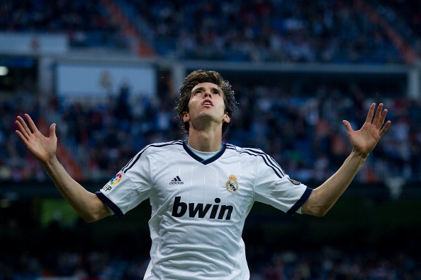 MADRID, SPAIN - MAY 04:  Kaka of Real Madrid CF celebrates scoring their third goal during the La Liga match between Real Madrid CF and Real Valladolid CF at Estadio Santiago Bernabeu on May 4, 2013 in Madrid, Spain.  (Photo by Gonzalo Arroyo Moreno/Getty Images)