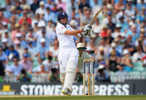 LONDON, ENGLAND - AUGUST 23:  Joe Root of England hits out during day three of the 5th Investec Ashes Test match between England and Australia at the Kia Oval on August 23, 2013 in London, England.  (Photo by Shaun Botterill/Getty Images)