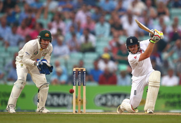 LONDON, ENGLAND - AUGUST 23: Ian Bell of England bats during day three of the 5th Investec Ashes Test match between England and Australia at the Kia Oval on August 23, 2013 in London, England.  (Photo by Ryan Pierse/Getty Images)