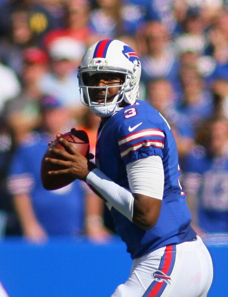 ORCHARD PARK, NY - SEPTEMBER 08:  EJ Manuel #3 of the Buffalo Bills looks to pass against the New England Patriots at Ralph Wilson Stadium on September 8, 2013 in Orchard Park, New York. New England won 23-21.  (Photo by Rick Stewart/Getty Images)