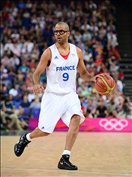 Aug 8, 2012; London, United Kingdom; France guard Tony Parker (9) during the men's quarterfinal against Spain in the 2012 London Olympic Games at North Greenwich Arena.   Mandatory Credit: Mark J. Rebilas-USA TODAY Sports