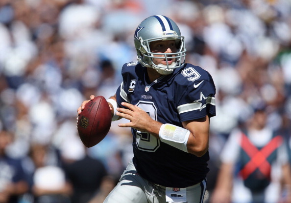 SAN DIEGO, CA - SEPTEMBER 29:  Quarterback Tony Romo #9 of the Dallas Cowboys looks for an open receiver against the San Diego Chargers at Qualcomm Stadium on September 29, 2013 in San Diego, California.  (Photo by Jeff Gross/Getty Images)