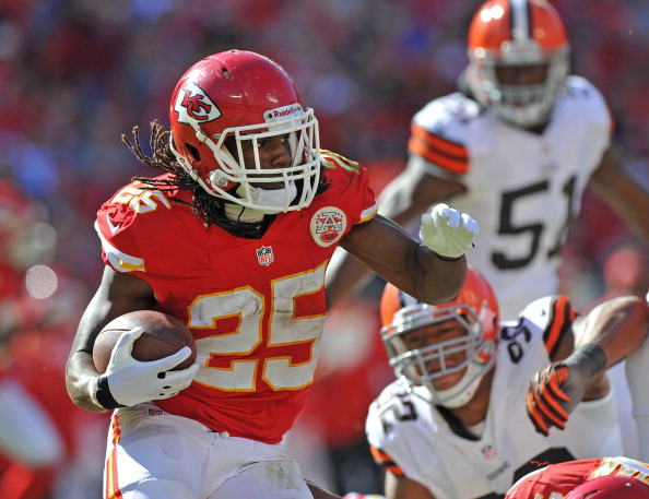 KANSAS CITY, MO - OCTOBER 27: Running back Jamaal Charles #25 of the Kansas City Chiefs rushes up field against the Cleveland Browns during the second half on October 27, 2013 at Arrowhead Stadium in Kansas City, Missouri. Kansas City won 23-17. (Photo by Peter Aiken/Getty Images)