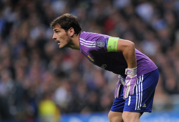 MADRID, SPAIN - OCTOBER 23:  Iker Casillas of Real Madrid CF in action during the UEFA Champions League Group B match between Real Madrid CF and Juventus at Estadio Santiago Bernabeu on October 23, 2013 in Madrid, Spain.  (Photo by Denis Doyle/Getty Images)