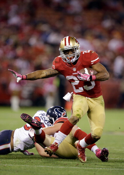 SAN FRANCISCO, CA - OCTOBER 06: LaMichael James #23 of the San Francisco 49ers in action against the Houston Texans  at Candlestick Park on October 6, 2013 in San Francisco, California.  (Photo by Ezra Shaw/Getty Images)