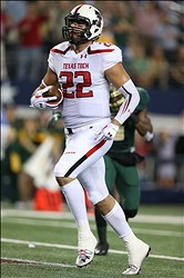 Nov 16, 2013; Arlington, TX, USA; Texas Tech Red Raiders tight end Jace Amaro (22) catches a touchdown pass in the first quarter against the Baylor Bears at AT&T Stadium. Mandatory Credit: Matthew Emmons-USA TODAY Sports