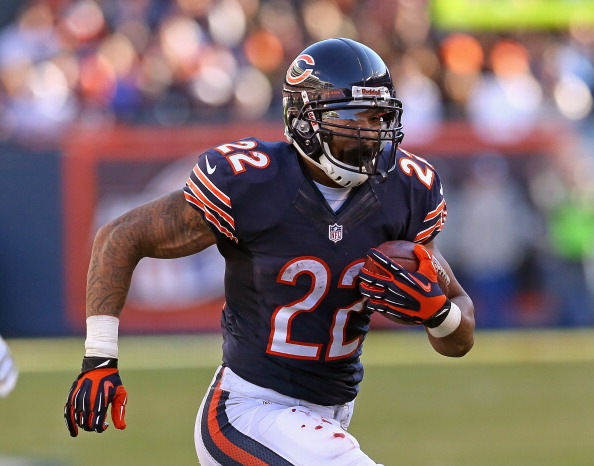 CHICAGO, IL - NOVEMBER 10:  Matt Forte #22 of the Chicago Bears runs against the Detroit Lions at Soldier Field on November 10, 2013 in Chicago, Illinois. The Lions defeated the Bears 21-19.  (Photo by Jonathan Daniel/Getty Images)