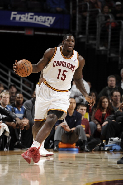 CLEVELAND, OH - NOVEMBER 4:  Anthony Bennett #15 of the Cleveland Cavaliers dribbles against the Minnesota Timberwolves at The Quicken Loans Arena on November 4, 2013 in Cleveland, Ohio. NOTE TO USER: User expressly acknowledges and agrees that, by downloading and/or using this Photograph, user is consenting to the terms and conditions of the Getty Images License Agreement. Mandatory Copyright Notice: Copyright 2013 NBAE (Photo by David Liam Kyle/NBAE via Getty Images)