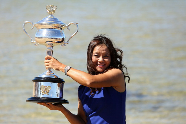 MELBOURNE, AUSTRALIA - JANUARY 26:  Na Li of China poses with the Daphne Akhurst Memorial Cup at Brighton Beach, after winning the 2014 Australian Open, on January 26, 2014 in Melbourne, Australia.  (Photo by Graham Denholm/Getty Images)