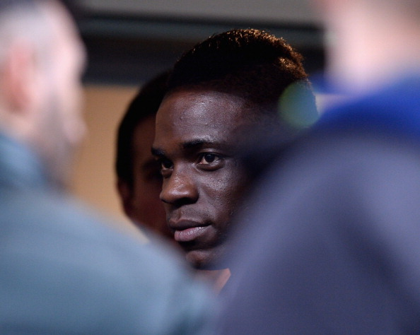 MILAN, ITALY - MARCH 02:  Mario Balotelli attends the Serie A match between AC Milan and Juventus at San Siro Stadium on March 2, 2014 in Milan, Italy.  (Photo by Claudio Villa/Getty Images)
