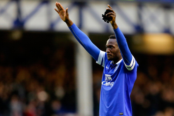 LIVERPOOL, ENGLAND - MARCH 01: Romelu Lukaku of Everton gestures to the crowd after the Barclays Premier League match between Everton and West Ham at Goodison Park on March 1, 2014 in Liverpool, England. (Photo by Paul Thomas/Getty Images)