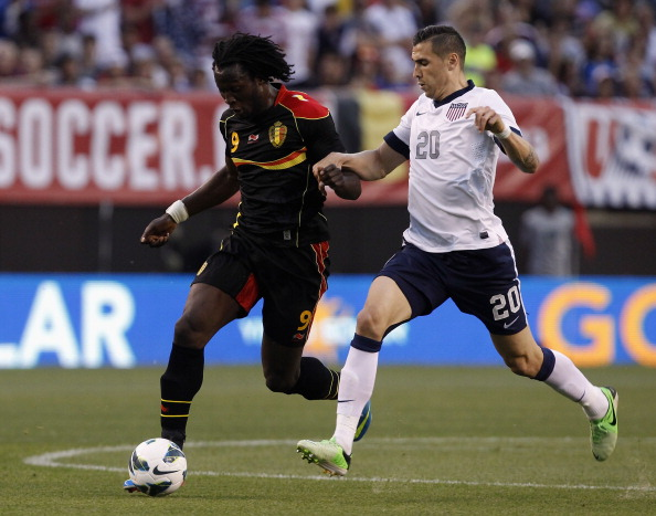 CLEVELAND, OH - MAY 29:  Geoff Cameron #20 of the U.S. Mens National Team fights for the ball with Romelu Lukaku #9 of Belgium during their International Friendly match at FirstEnergy Stadium on May 29, 2013 in Cleveland, Ohio.  (Photo by Matt Sullivan/Getty Images)