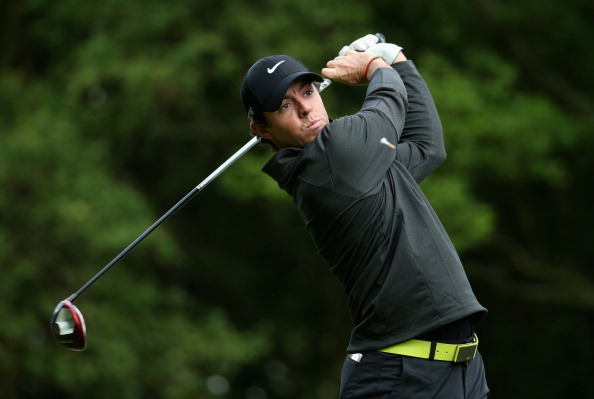 VIRGINIA WATER, ENGLAND - MAY 22:   Rory McIlroy of Northern Ireland  tees off on the  3rd hole during day one of the BMW PGA Championship at Wentworth on May 22, 2014 in Virginia Water, England.  (Photo by Warren Little/Getty Images)