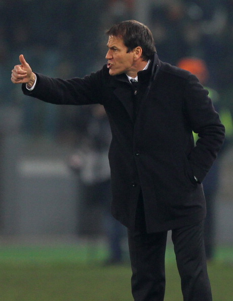 ROME, ITALY - JANUARY 09:  AS Roma head coach Rudi Garcia gestures during the TIM Cup match between AS Roma and UC Sampdoria at Olimpico Stadium on January 9, 2014 in Rome, Italy.  (Photo by Paolo Bruno/Getty Images)
