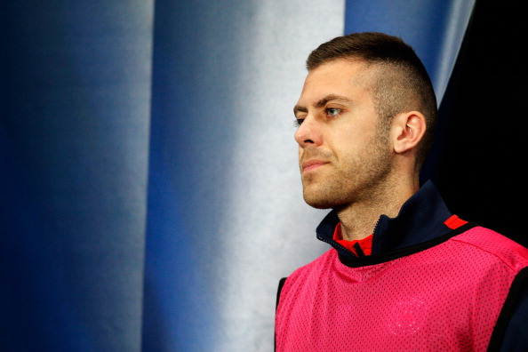 PARIS, FRANCE - MARCH 12:  Jeremy Menez of PSG walks to the bench prior to the UEFA Champions League Round of 16 second leg match between Paris Saint-Germain FC and Bayer Leverkusen at Parc des Princes on March 12, 2014 in Paris, France.  (Photo by Dean Mouhtaropoulos/Getty Images)