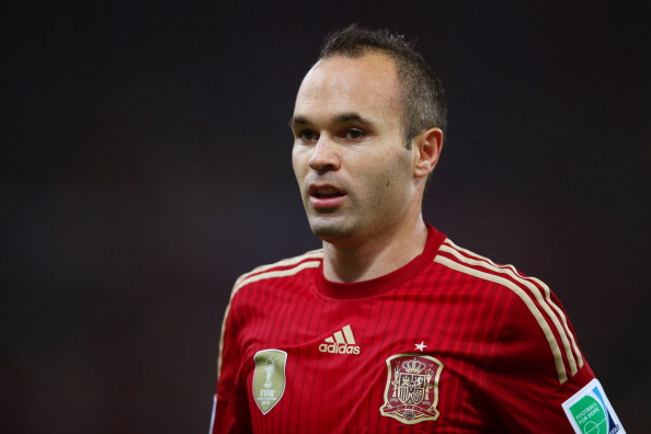 RIO DE JANEIRO, BRAZIL - JUNE 18: Andres Iniesta of Spain looks on during the 2014 FIFA World Cup Brazil Group B match between Spain and Chile at Maracana on June 18, 2014 in Rio de Janeiro, Brazil.  (Photo by Clive Rose/Getty Images)