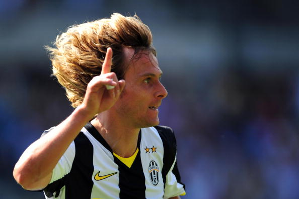 Juventus Czech midfielder Pavel Nedved celebrates after scoring his second goal during their Serie A football match Juventus  vs Lecce at Olympic Stadium  in Turin on  May 05, 2009. AFP PHOTO / GIUSEPPE CACACE (Photo credit should read GIUSEPPE CACACE/AFP/Getty Images)