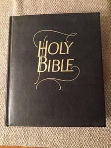 Bible 190537 640