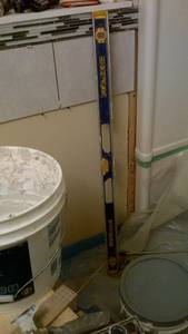Bathroom reno   ceramic tile  wall  installing issues (11)