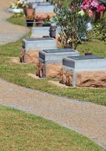 Graves 664563 640