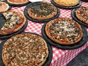 Pizzas 99663 640