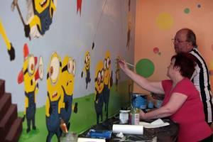Wall minion