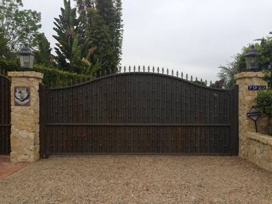 Gate_lajolla