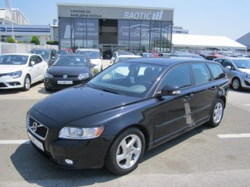 Volvo V50 D2 1.6 D**Business Edition**68.000 km**AKCIJA**