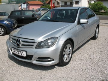 Mercedes C-klasa 220CDI Avantgarde NAVI 2xPDC GARANCIJA DO 2 GOD. 2013