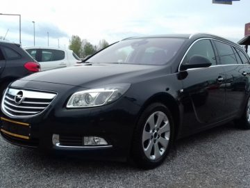 Opel Insignia ST 2,0 CDTI – Bixenon, El. vrata gepeka, park.senzori,..