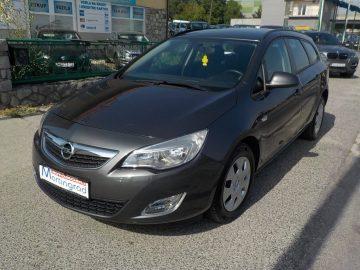 Opel Astra Karavan 1,7CDTI,Sports Tourer,NAVIGACIJA,na ime,MODEL 2013