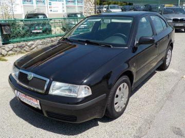 Škoda Octavia 1,6i,plin,NIJE UVOZ,reg.4/19,MODEL 2009**KARTICE**
