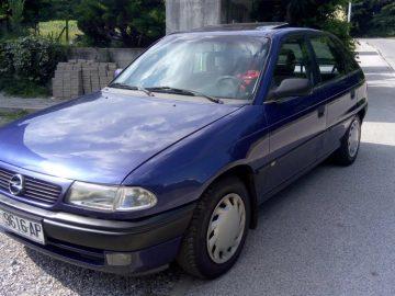 Opel Astra GL TD***OTPLATA DO 60 RATA***. 12/2019 reg