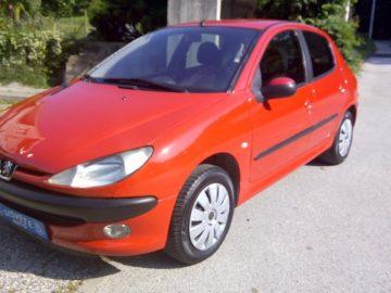 Peugeot 206 1,1*** OTPLATA DO 60 RATA*** 122 000km REG. 6/19 *********