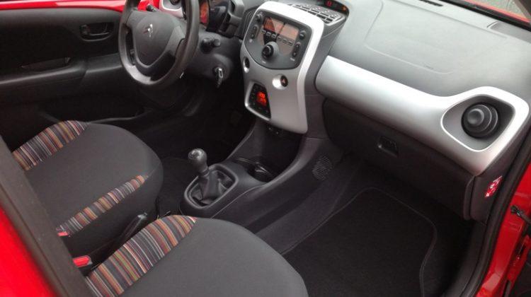 Citroën C1 1,0 VTi,novi model, automatska klima ,oprema,reg.10/2019 ,