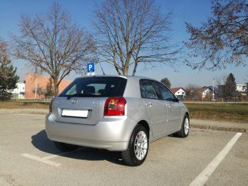 Toyota Corolla 2.0 D-4D Sport,Kupljena u HR,maximalno očuvana,servisna