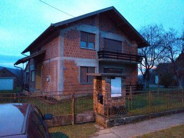 Prodajem kuću u Dobrovcu, Lipik
