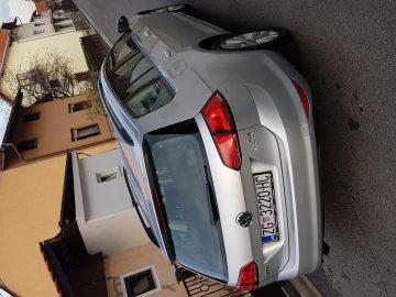 VW Golf 7 1.6 TDI DSG GARANCIJA 2 GOD.