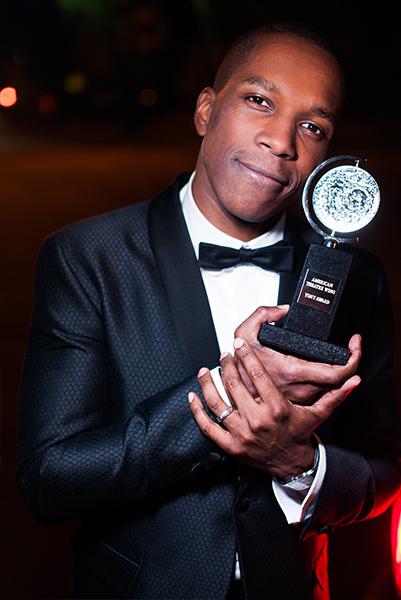 http://s3.amazonaws.com/broadwaybox/mediaspot/Lesie-Tony-Award.jpg