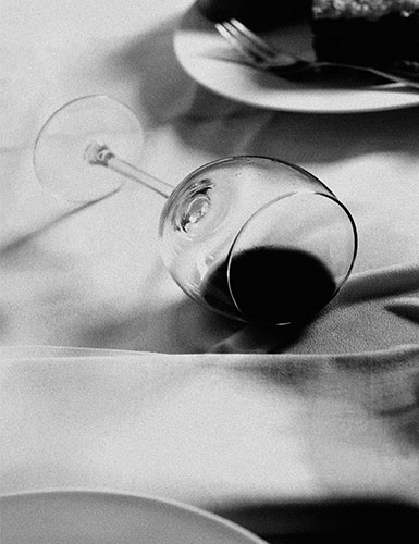 http://s3.amazonaws.com/broadwaybox/mediaspot/wine-glass.jpg