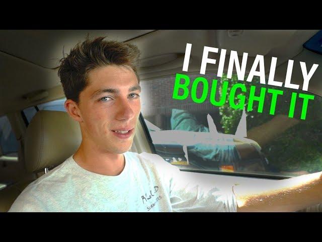 Buying My FIRST Fishing Kayak!