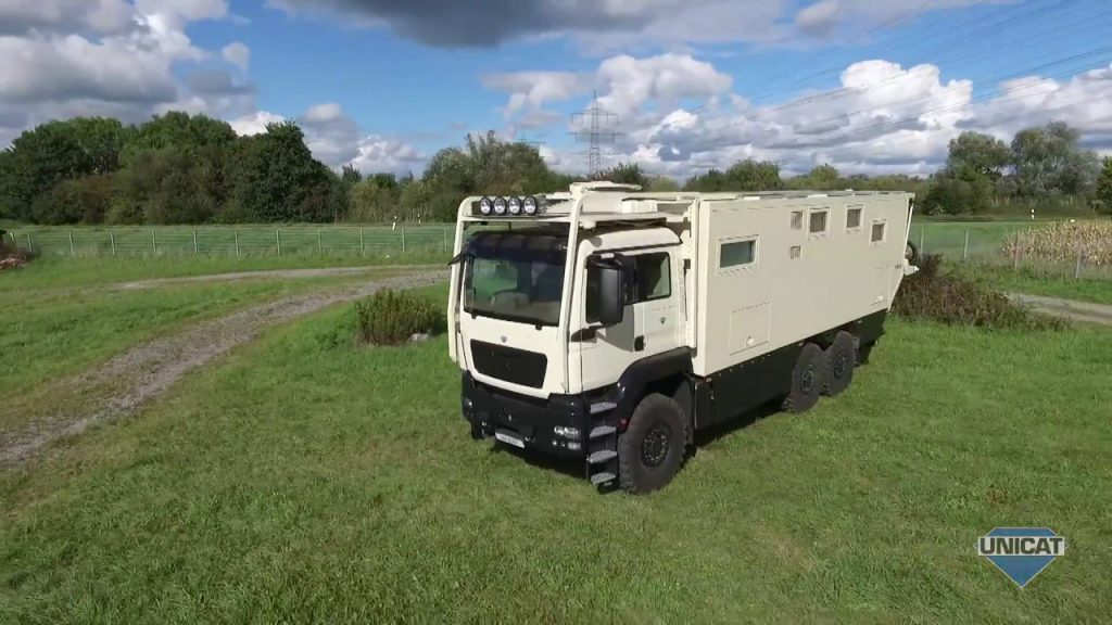 UNICAT Expedition Vehicles – MD77H MAN TGS 33.540 – 6X6 Part 3 Drive Cab