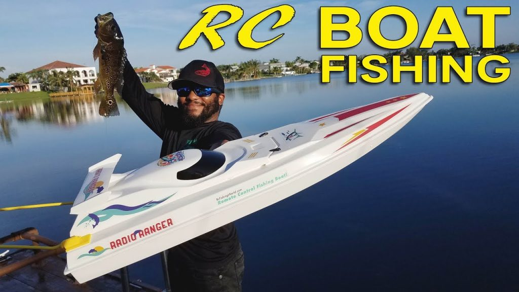 RC Boat Catches Big Fish!!!