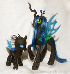 changeling custom deekary photo queen_chrysalis toy