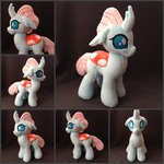 burgunzik highres ocellus photo plushie toy