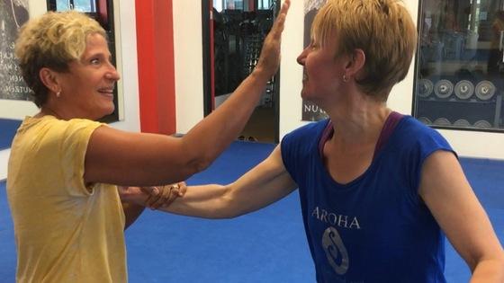 Eigenschutz- und Selbstverteidigungs-Lehrgang Krav Maga- Women Protect für den Frauenverein Itingen/BL