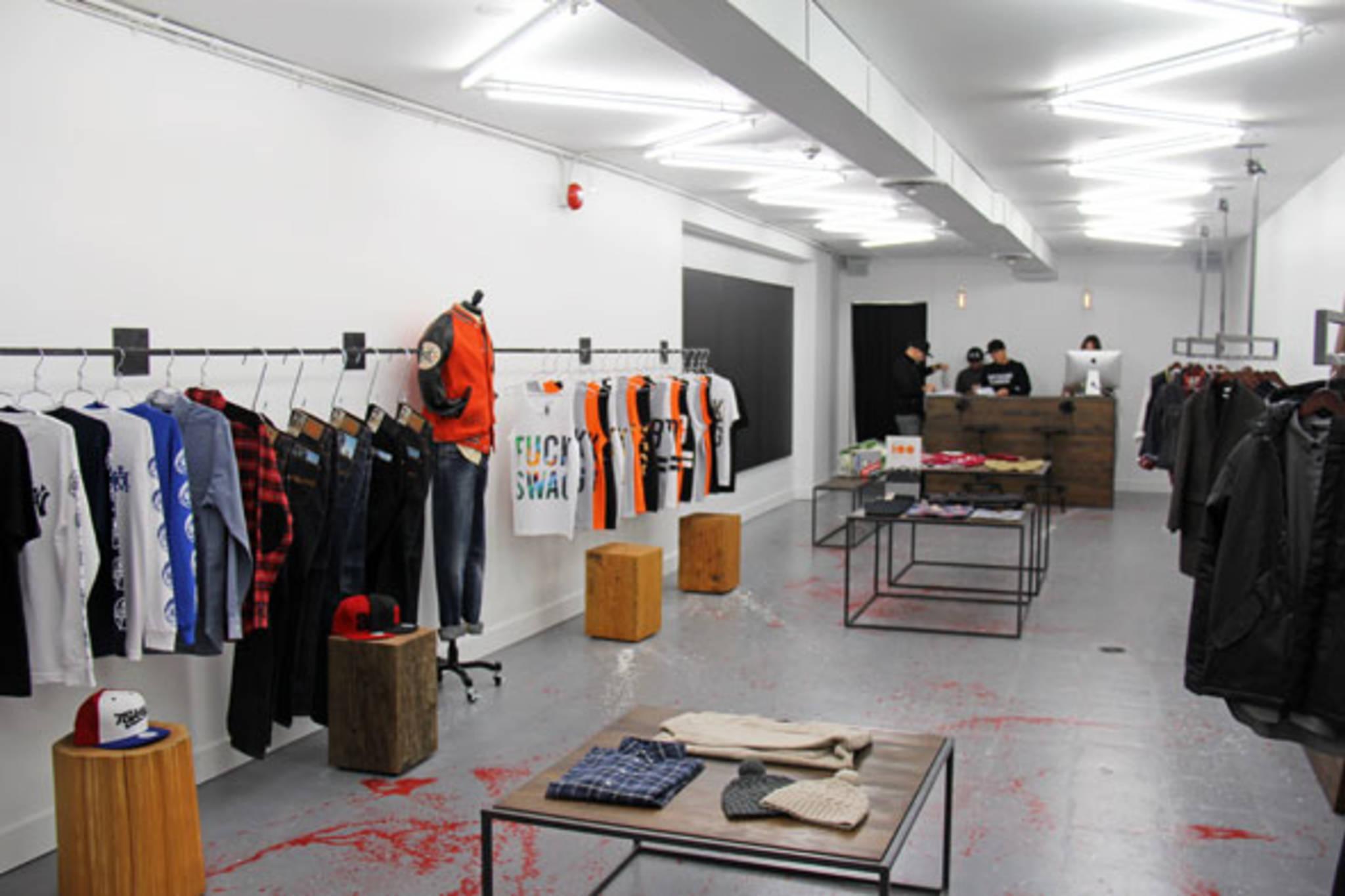 Fashion store in toronto