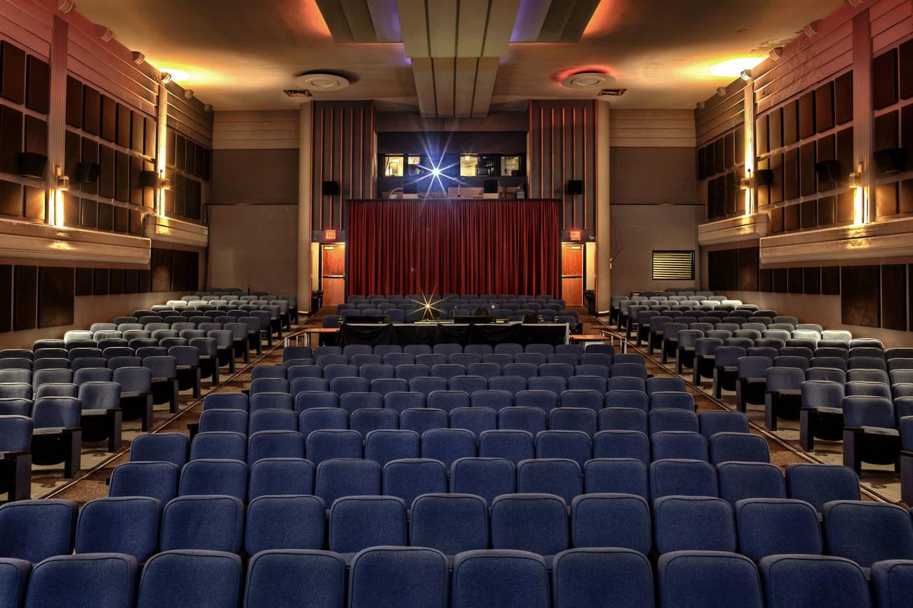 Toronto movie theatre islington