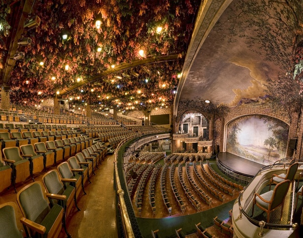 Free Public Tour Of The Elgin And Winter Garden Theatre Centre