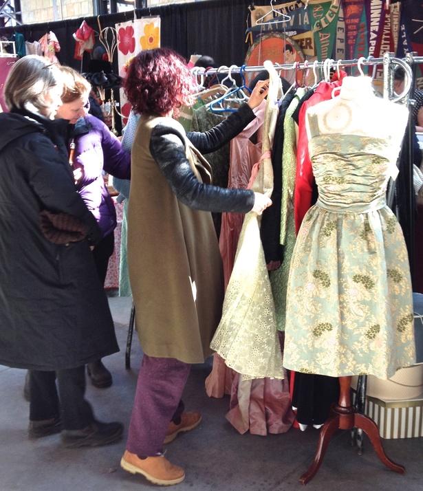 wychwood vintage clothing show